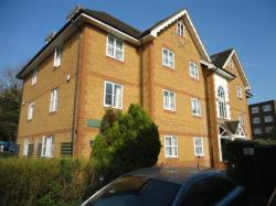 Flat For Sale Arborfield  Close Slough Berkshire Berkshire SL1