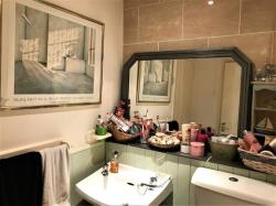 Flat For Sale  Trapstyle Road Hertfordshire SG12