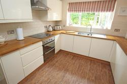Detached House For Sale  Gordian Way Hertfordshire SG2