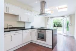 Flat To Let Northwold Road London Greater London N16