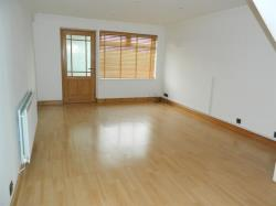 Terraced House To Let Acklalm  Cleveland TS5