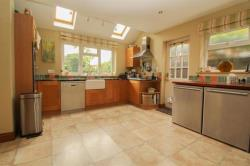 Detached House For Sale  Beech Walk Hertfordshire HP23