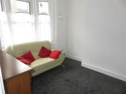 Terraced House To Let Welling Kent Kent DA16