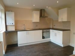 Semi Detached House To Let Welling Kent Kent DA16