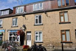 Terraced House To Let Horsefair Wetherby North Yorkshire LS22