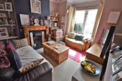 Terraced House For Sale Central Avenue Wigston Leicestershire LE18
