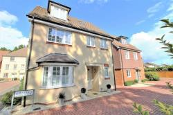 Detached House For Sale Winnersh Wokingham Berkshire RG41