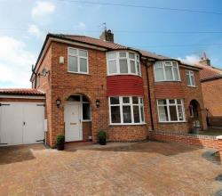 Semi Detached House For Sale Penyghent Avenue York North Yorkshire YO31