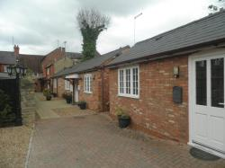 Semi - Detached Bungalow To Let  Stony Stratford Buckinghamshire MK11