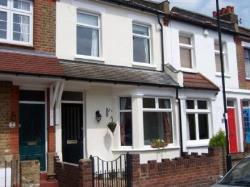 Terraced House For Sale  Middx Essex EN2