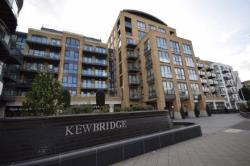Flat For Sale  London Middlesex TW8