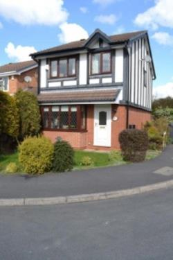 Detached House For Sale  Nth Warks Staffordshire B78