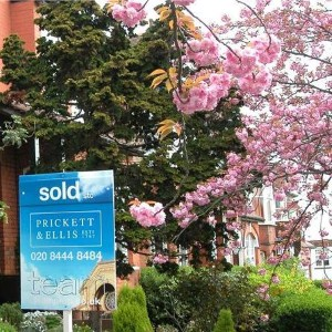 Property News - House prices 'likely to fall in 2012'
