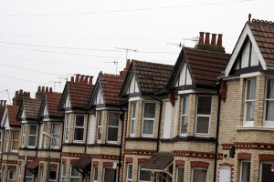 Property News - Mortgage holders 'saving rather than paying debt'