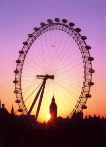 Property News - London boom 'widens north/south divide'