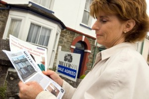 Property News - House price inflation eases says Nationwide