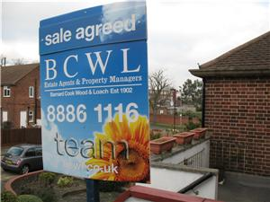 Property News - Prices up 0.9%