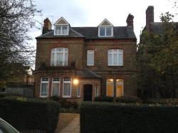 Detached House To Let Balham London Greater London SW16