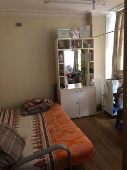 Flat To Let Brent Field Road Neasden Greater London NW10
