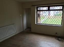 Flat To Let Poolstock Wigan Lancashire WN3