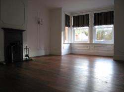 Flat To Let  Shalford Surrey GU4