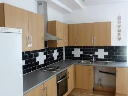 Flat To Let  Dewsbury West Yorkshire WF13