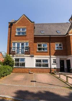 Semi Detached House For Sale  bexley Kent DA2