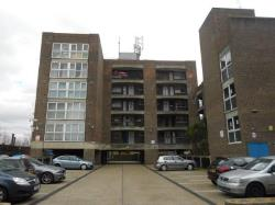 Flat For Sale  Hanwell Greater London TW3
