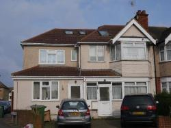 Flat To Let Harrow Rayners lane Middlesex HA2