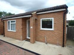 Detached Bungalow To Let  Calne Wiltshire SN11