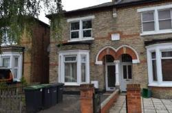 Flat To Let Wood Green Wood Green Greater London N22