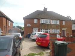 Semi Detached House To Let  high wycombe Buckinghamshire HP12