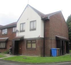 Flat To Let  Little Hulton Greater Manchester M38