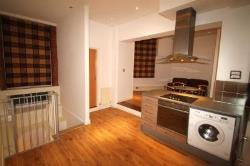 Flat To Let 3 Broadway Nottingham Nottinghamshire NG1