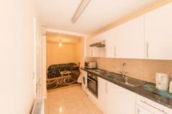 Flat To Let North acton London Middlesex W3